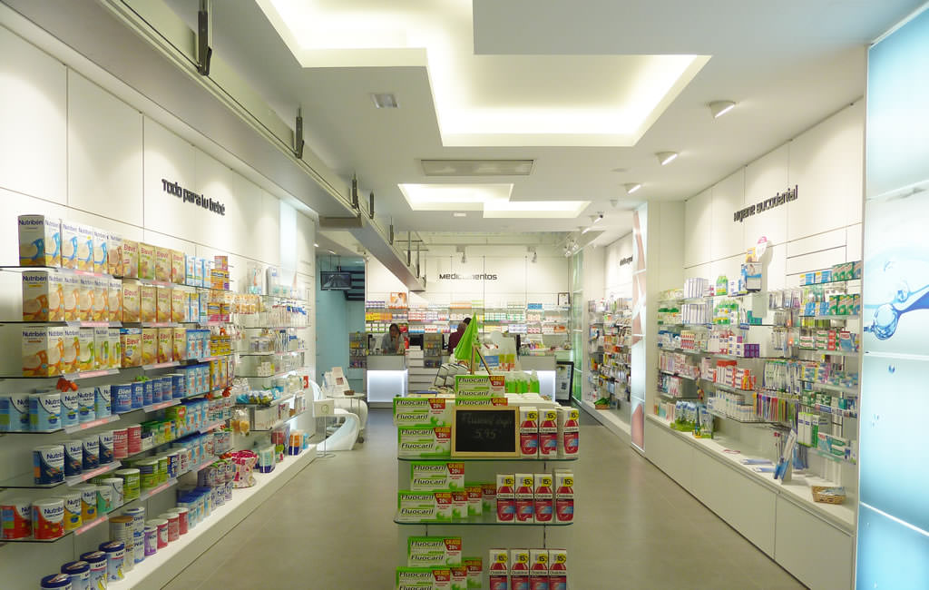 Interiorismo para farmacias en alicante it 39 s singular - Interiorismo alicante ...