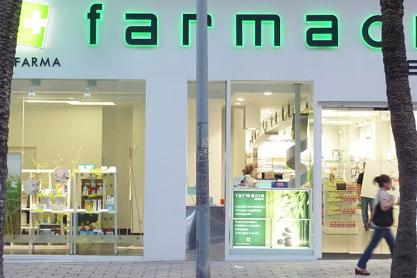 Interiorismo farmacias Alicante