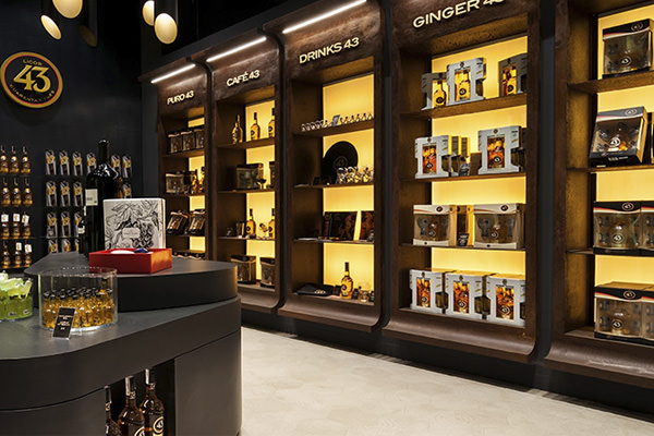 Showroom Licor43