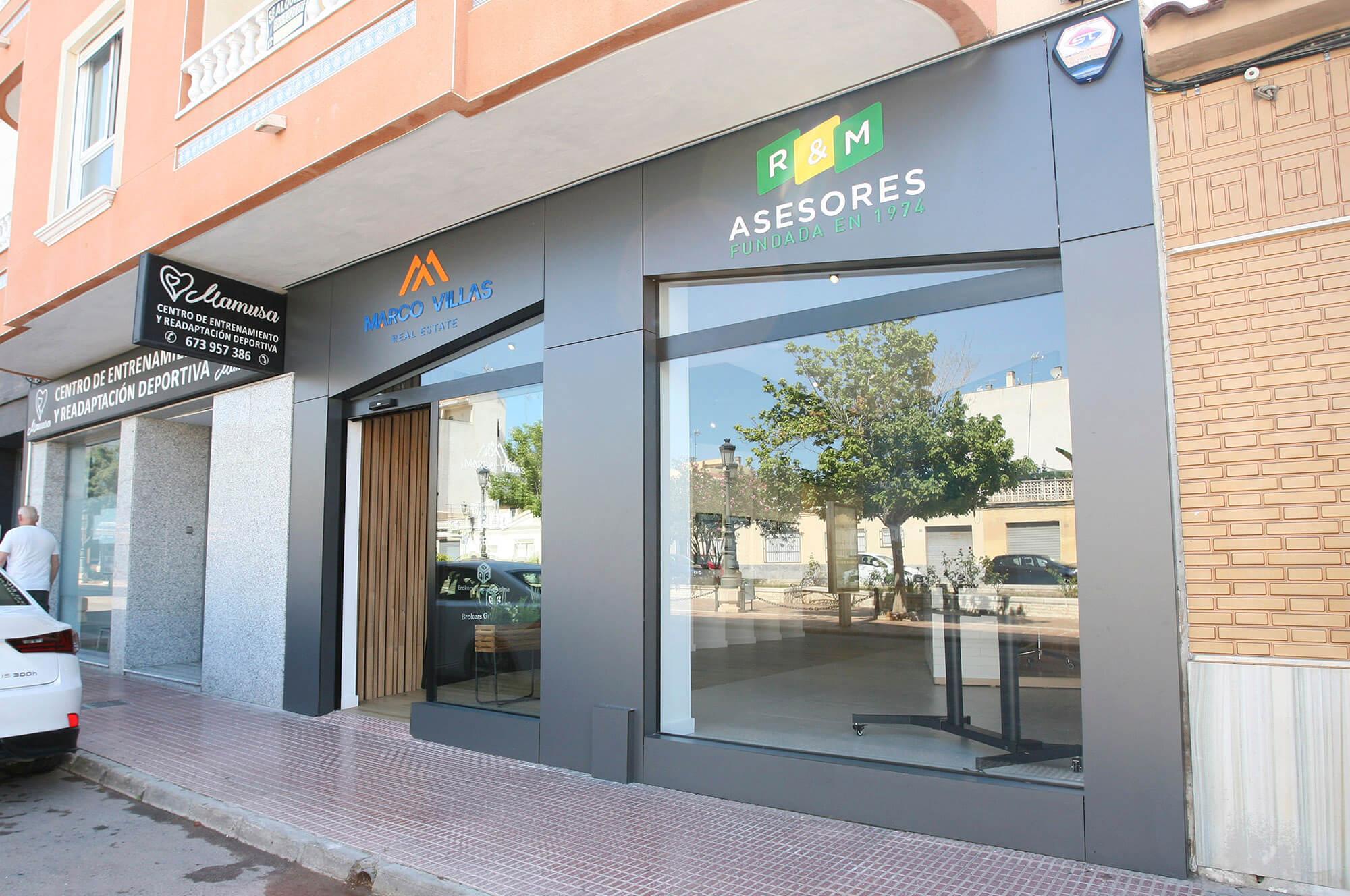reforma de oficinas en Guardamar Alicante